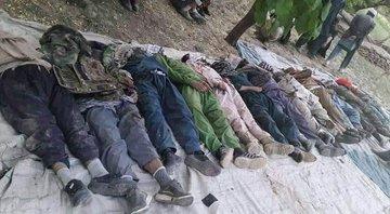 Мертвые тела талибов повсюду вокруг дорог из Панджшера.