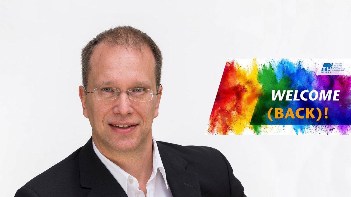 Mit einer Welcome-(back)-Kampagne begrüßt die #THWildau Studierende, Lehrkräfte & Beschäftigte zum #Semesterstart. Nach aktuellen Planungen sollen rund 50 Prozent der Lehrveranstaltungen in Präsenz stattfinden. Zum #Interview mit Prof. Jörg Reiff-Stephan ➡https://t.co/oYXpM8cjhB https://t.co/q70aNP9IXv