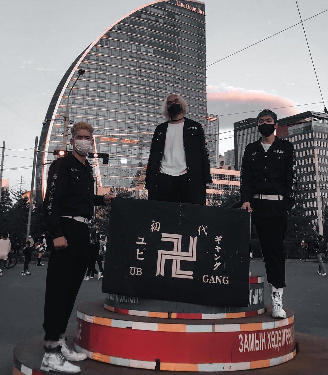 海外ではこれがオシャレ?モンゴルでは日本式の暴走族の特攻服を着ている!