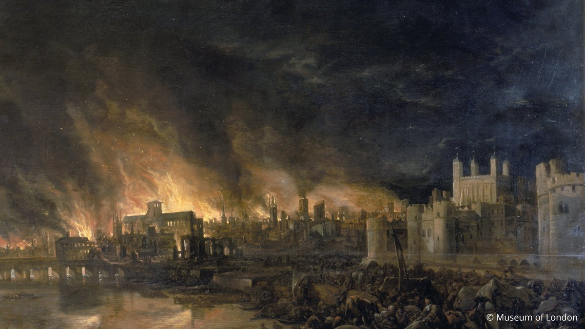Thankfully, the Tower itself escaped the flames, with the authorities acting quickly to pull down surrounding buildings to create a firebreak. They had good reason to hurry: at the time the Tower was being used to store hundreds of tonnes of gunpowder! 💥 (3/3)