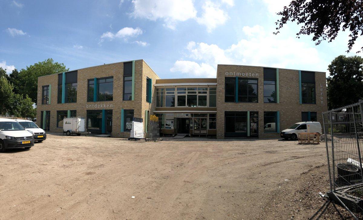 Image for the Tweet beginning: De overdracht van de nieuwbouw