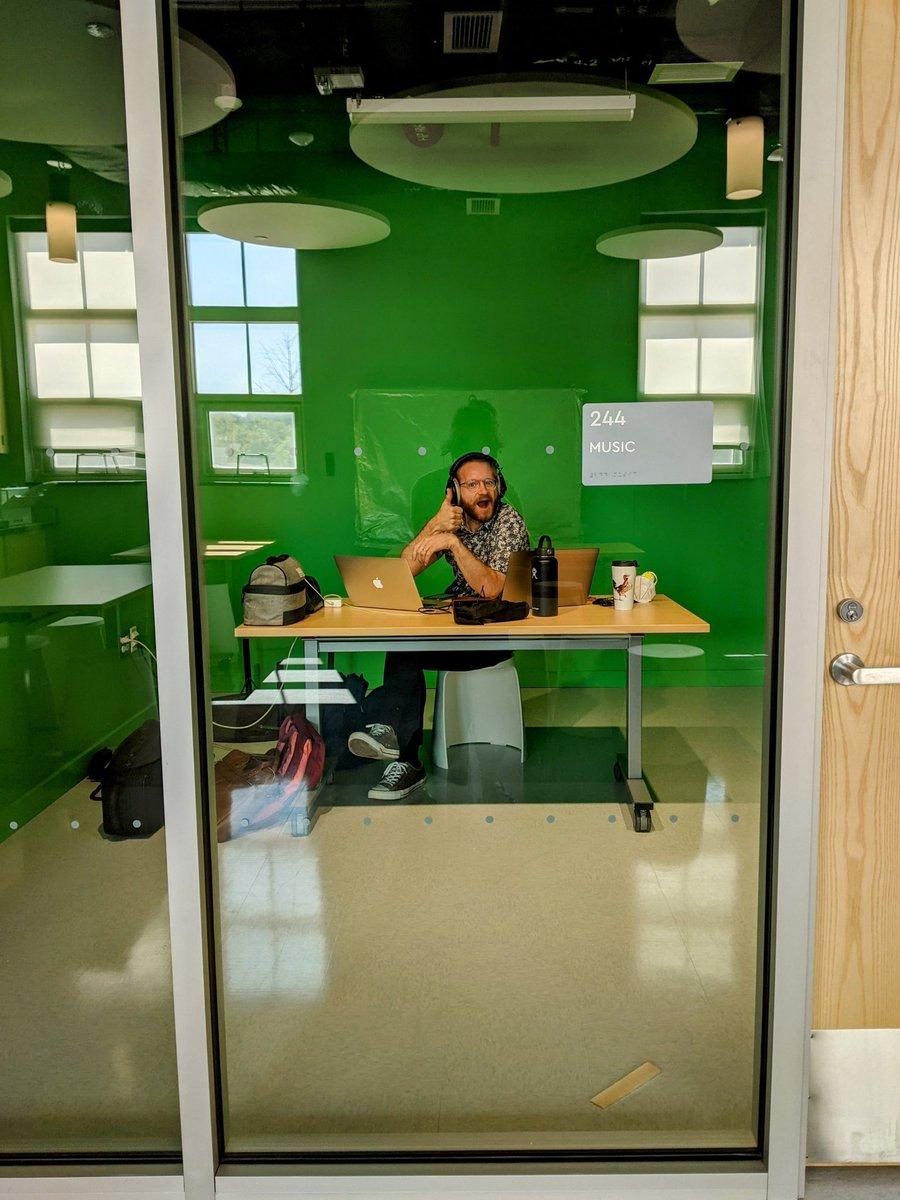 DJ Natalie mixing beats in our green room! <a target='_blank' href='https://t.co/xYQ9JKGTHI'>https://t.co/xYQ9JKGTHI</a>