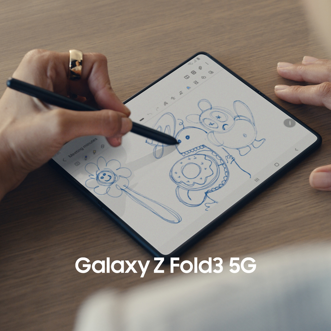 Introducing the #GalaxyZFold3 5G and the new S Pen Fold Edition. Take notes, fix that presentation and sketch your next design on the big, immersive screen. Z Fold3 completely reimagines the smartphone experience. Unfold your world.  Learn more: https://t.co/flcrBzQ7m1 https://t.co/LC7SbM9HDp