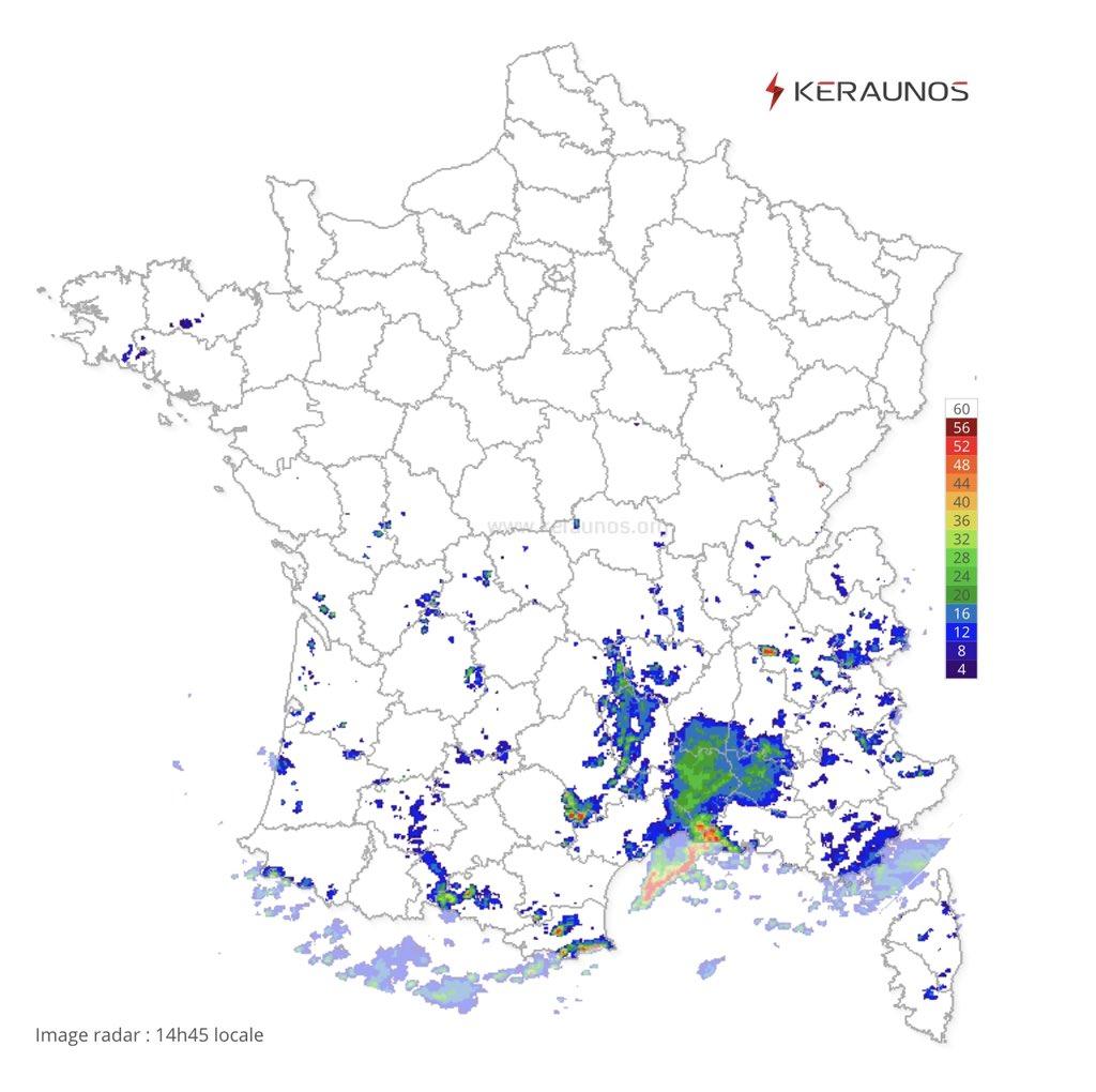 Forts #orages actuellement sur l'#Hérault causant d'importants ruissèlements dans le secteur de #Montpelier. Carte en temps reel ->