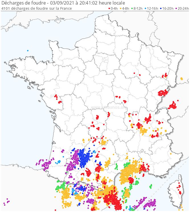 Des #orages parfois forts ont éclaté en #Occitanie. Localement des lames d'eau de 40/60 mm ont été relevées sous des orages peu mobiles, jusqu'à 102 mm à #Montpellier.