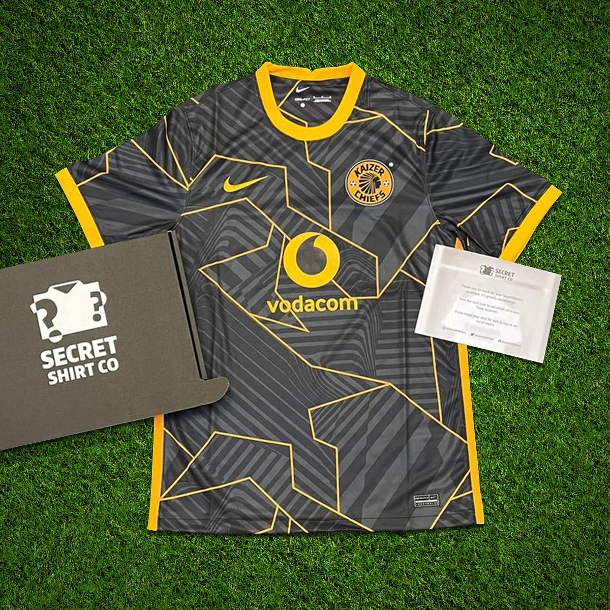 If Cristiano Ronaldo plays against Newcastle today we'll giveaway a SecretShirt.co box 📦 To enter 👇 🔄 Retweet this tweet 🤝 Follow us Good luck!