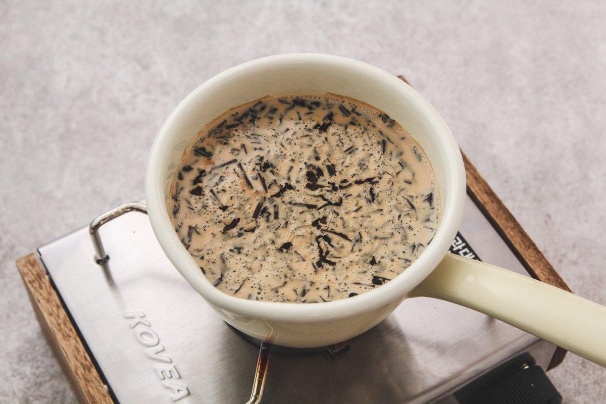 ミルクティーは家で作ると美味しい!ホイップ&メープルで最高の味わいに!