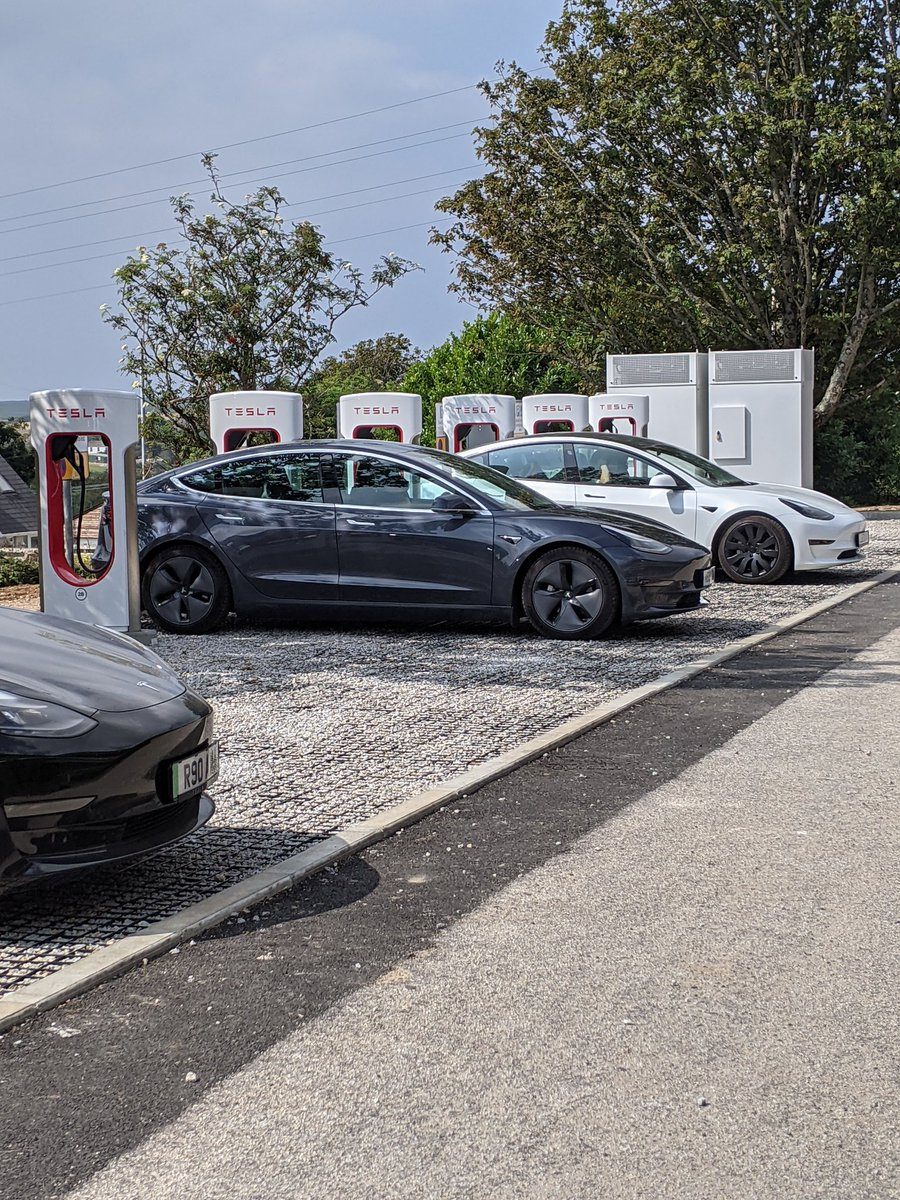 #Cornwall gets its first Tesla Superchargers -250kW 8 stall are now operational in Camborne - on the A30 between Truro & St Ives. Also handy for John O'Groats/ Lands End! This adds to the Superchargers at Lifton (labelled Launceston) which is just over the Devon Cornwall border
