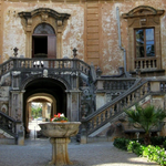 Image for the Tweet beginning: Courtyard, Palermo, Sicily, Italy #Courtyard