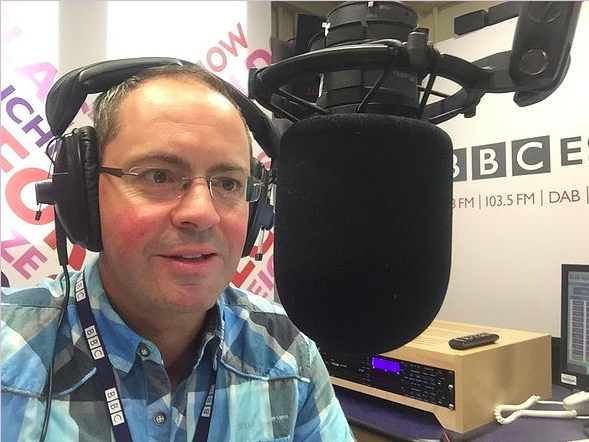 test Twitter Media - The theme for the next meeting from @RadiohubThe is on presenting. 12pm-2pm Sunday 3rd October on Zoom. The workshop is provided by Ian and Steve of @ScrutonWyatt and BBC Radio Essex.  Registration details are in the link below.  https://t.co/4AAB6epqC5  #CommunityRadio #SSDAB https://t.co/exiqvK1KPM