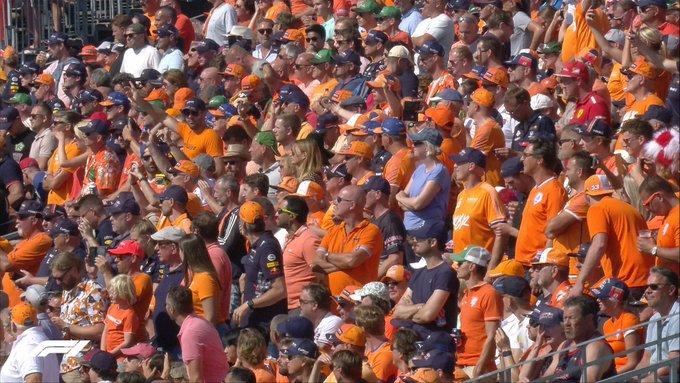La marea naranja, ...