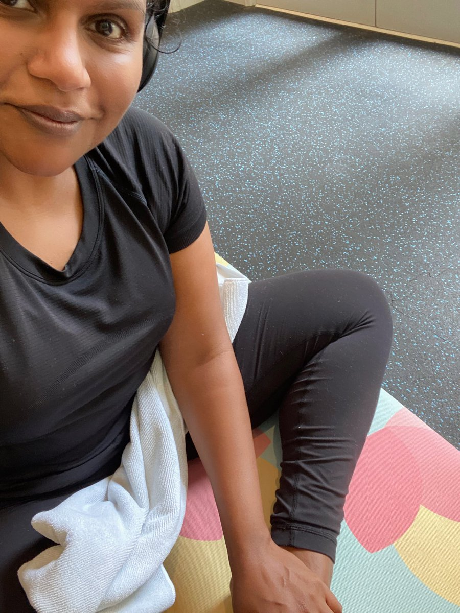 People who stretch after cardio are insane to me. I'm so sweaty and tired from (slow) jogging! How do you have the discipline to stay after and stretch?! https://t.co/TYsdCgJ3ec