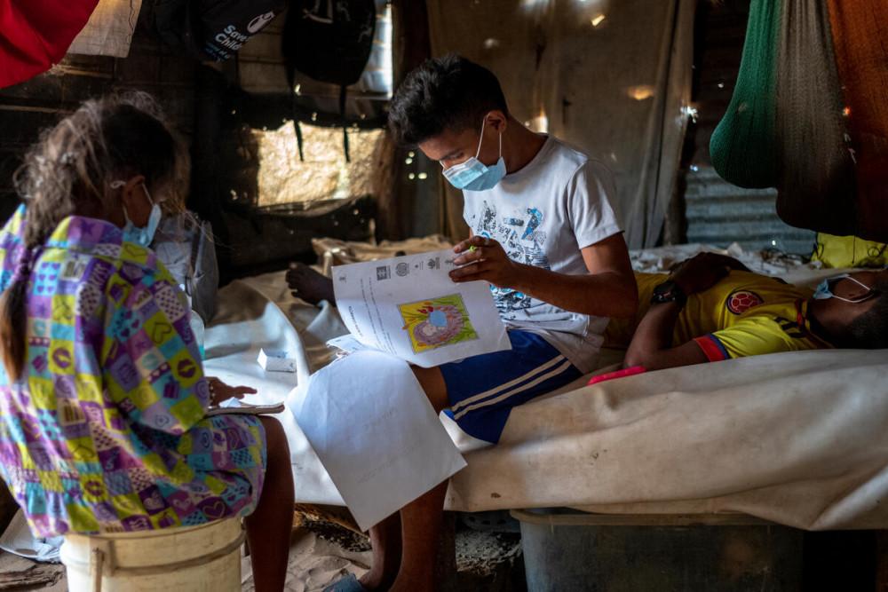 Rädda Barnen släpper ny global rapport om utbildning: Stor risk för utbildningskris i en fjärdedel av världens länder https://t.co/tPWEv3NxXn https://t.co/SgCgPTS2Bc