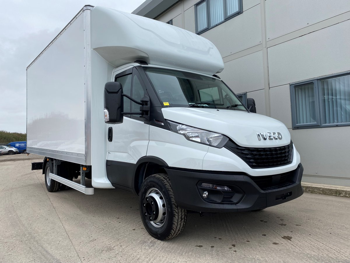 test Twitter Media - A large volume Luton box body on an Iveco Daily chassis from @NETVLtd for Drainage 2000. Thank you to both our customers for the business.  #Drainage2000 #NETV #Iveco #Luton #MartinWilliamsHull https://t.co/x0zCtz3FoW