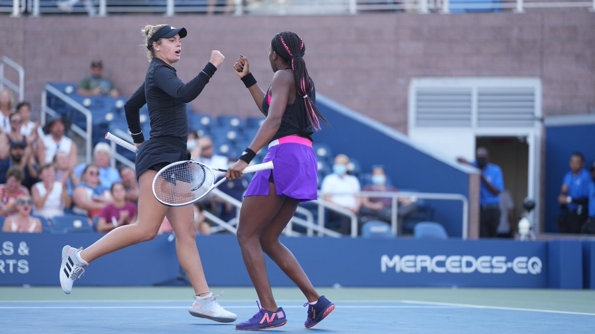 Game. Set. McCoco‼️ Coco Gauff and Caty McNally are heading to the Women's Doubles Quarterfinals 💥 #USOpen
