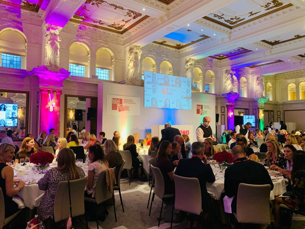 A great evening was had by all last night at the @Kimpton Fitzroy London.  Huge thanks to @hotelrepublic and all their hoteliers who attended.  A memorable bingo night too!  @BongosBingo    #londonevents #bongosbingo #venuefinder #venuesearchuk