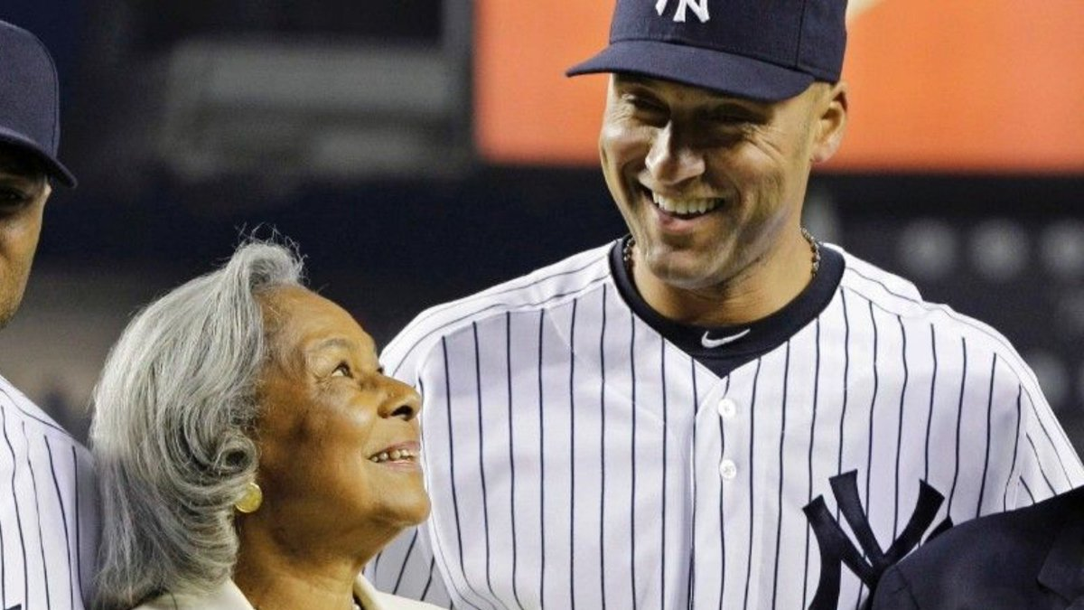 The @jrfoundation salutes Derek Jeter today as he is inducted into the @baseballhall. Congratulations on this well deserved honor, and thank you for all your support. #HOF2021