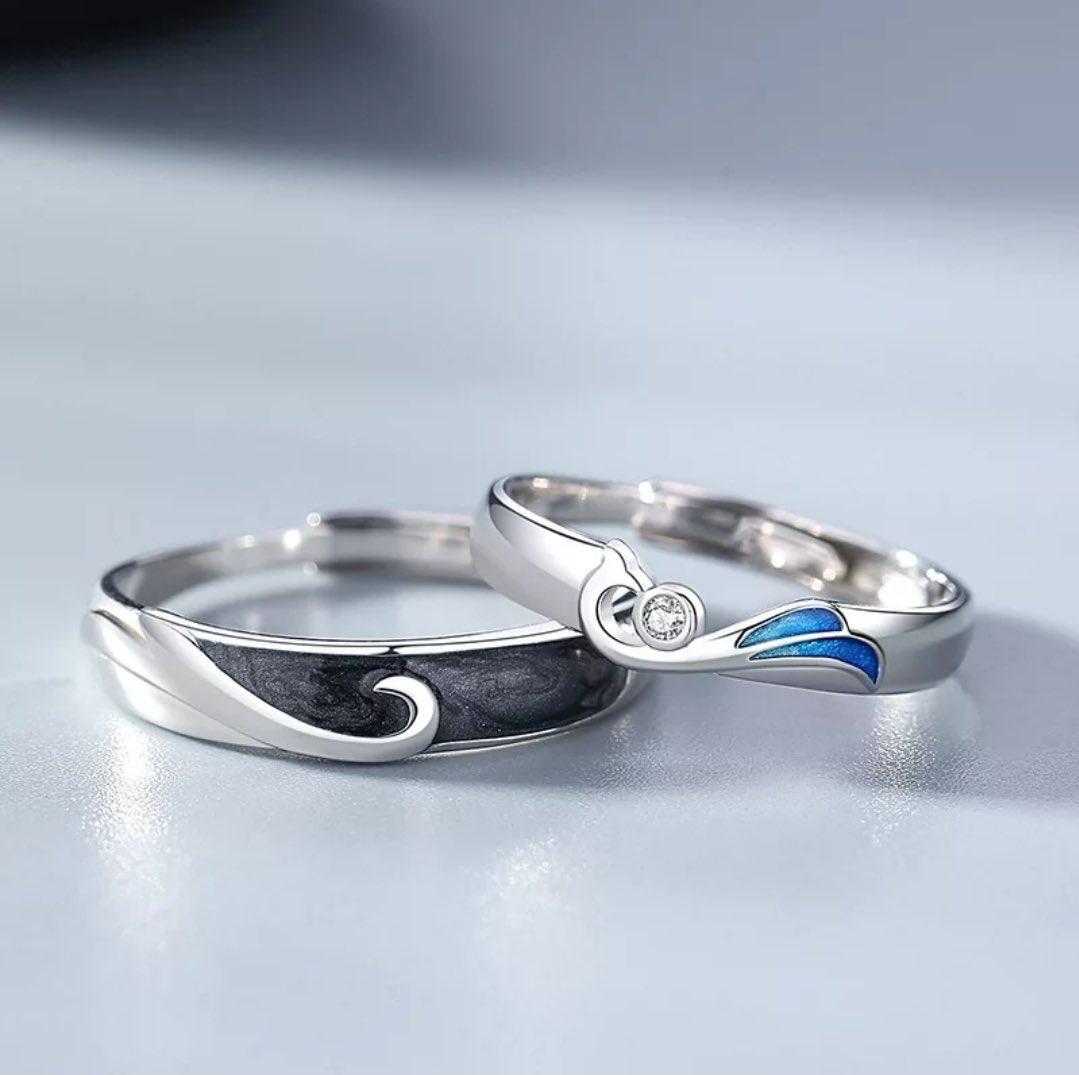 جديدنا 🤩💫 خاتم الكابلز 🤍🤍 فضة استرليني 925 متوفر بكمية محدودة جدًا للطلب 👇🏻 silvercolors.co/WxxDvV