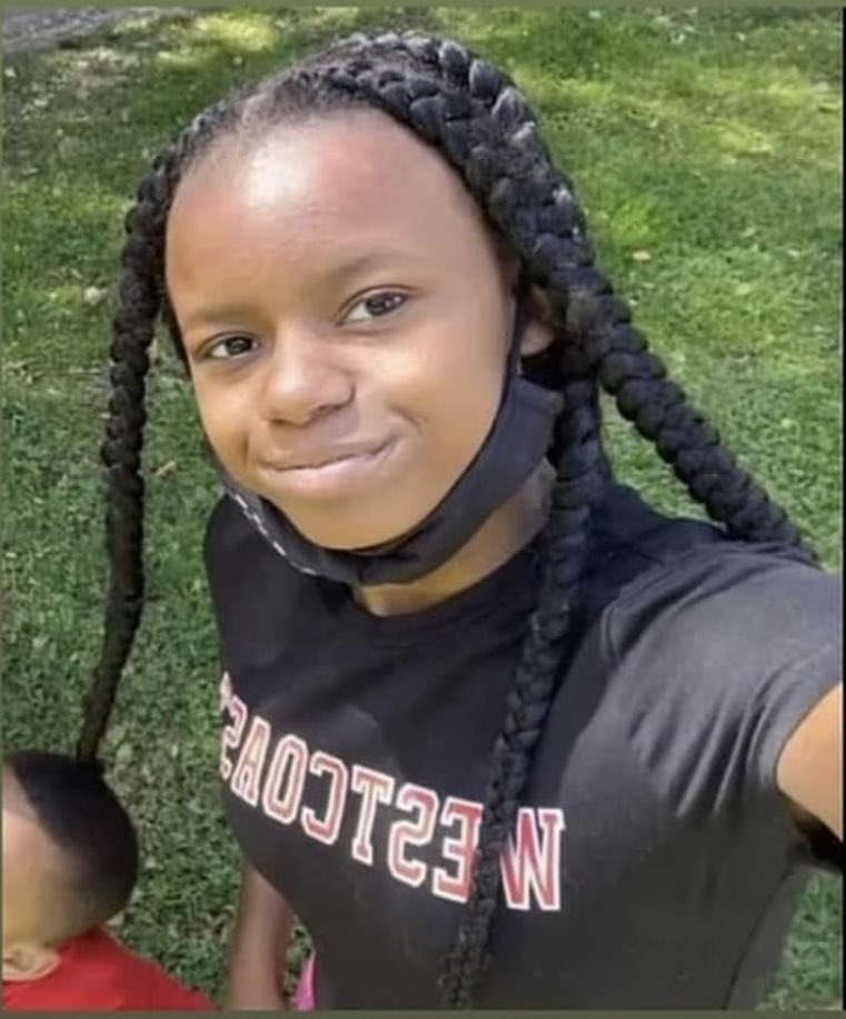 Missing child, Los Angeles! She's 12, has braces, goes by Ari. Last seen on 74th and Hoover early this morning. Contact @/c24hanel on IG https://t.co/9IwxYFI1HI