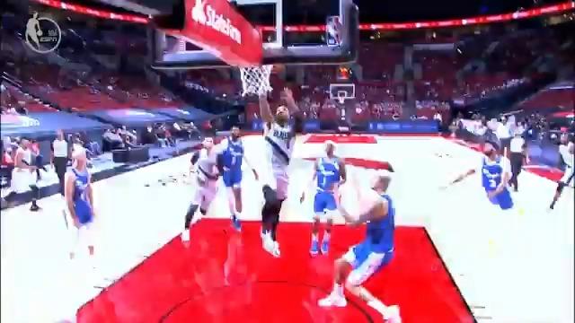 @NBA's photo on Caruso