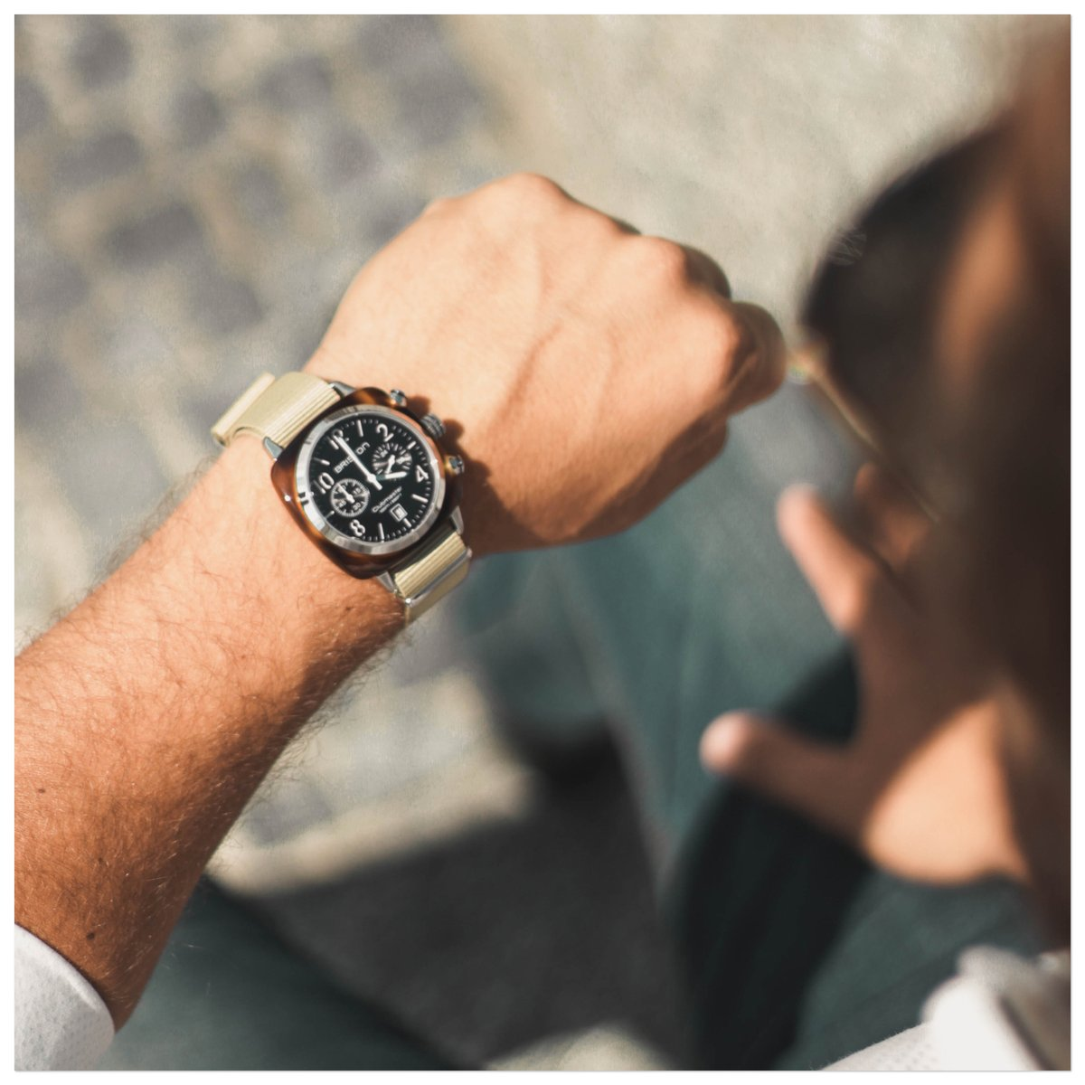 Meeting time 😎  ⌚ Clubmaster Classic Acetate with black dial 📷 @brunoaz19  #bristonwatches #briston #mybriston #watches #watch #itwatch #menstyle #casual #lifestyle #natostrap https://t.co/xFJHjGnhk4