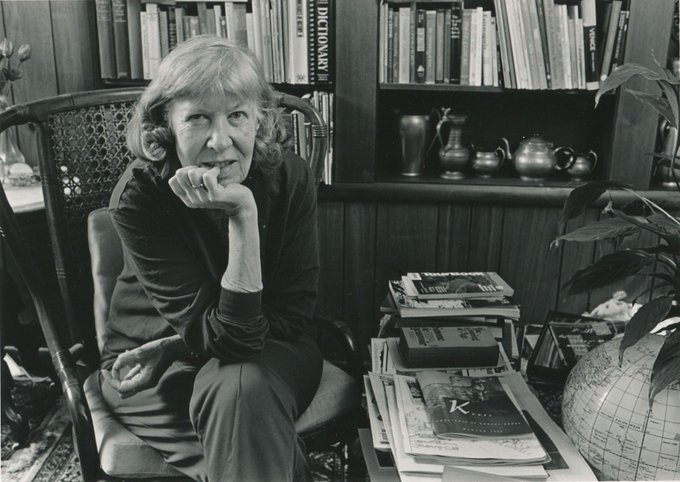 Mona Van Duyn was born on this date May 9 in 1921. Photo source: Washington University. #OTD https://t.co/I3roKiaYh9