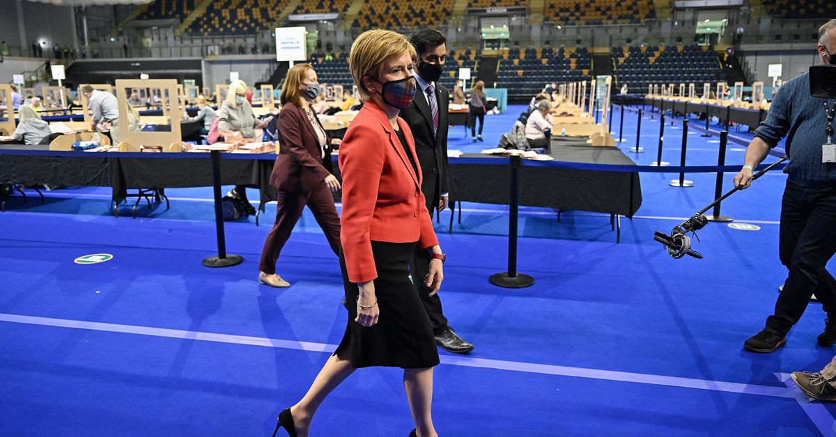 Key Scottish election on knife edge as pro-independence party heads for win https://t.co/sJcZp4pXvw https://t.co/fWW4g0L46h