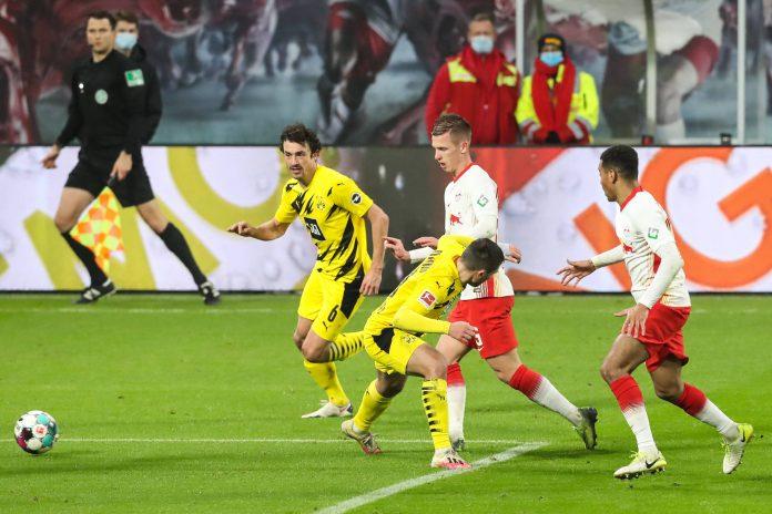 DÍA DE PARTIDO! ⚽️  El Borussia Dortmund 🇩🇪 se enfrenta al @Leipzig_GO por la #Bundesliga en busca de esa clasificación a la #UCL  #BVB #HejaBVB 🖤💛🐝 https://t.co/DirGnCtQSy