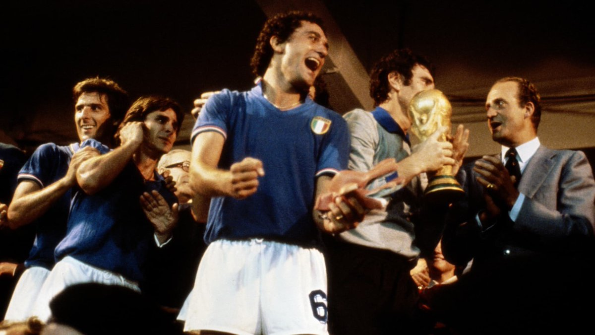 Happy Birthday to Italian 🇮🇹 legend Franco Baresi, one of the best CBs to ever grace the field 👏  World Cup 🏆 #UCL 🏆🏆🏆 Serie A 🏆🏆🏆🏆🏆🏆 Italian Super Cup 🏆🏆🏆🏆 UEFA Super Cup 🏆🏆🏆 https://t.co/SNZEksy8NQ