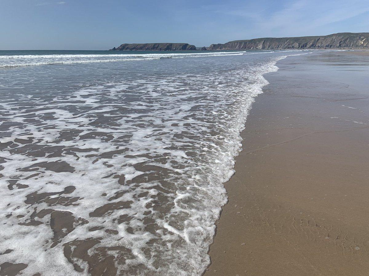 Marloes Sands 26/04/2021 #pembrokeshirecoast #beach #sea #sand #beautiful #marloessands https://t.co/2xVLiJ7SvP