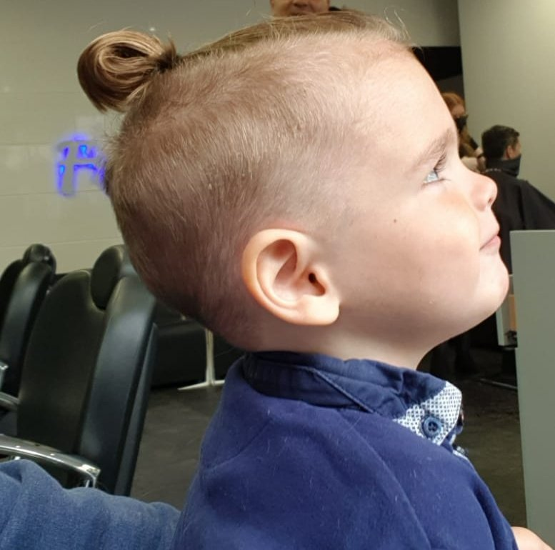 @TheNotoriousMMA Got the conor mcgregor hair style for my little 2 year old Ezra. #ConorIsALEGEND #UFC https://t.co/thOHO4WVzE