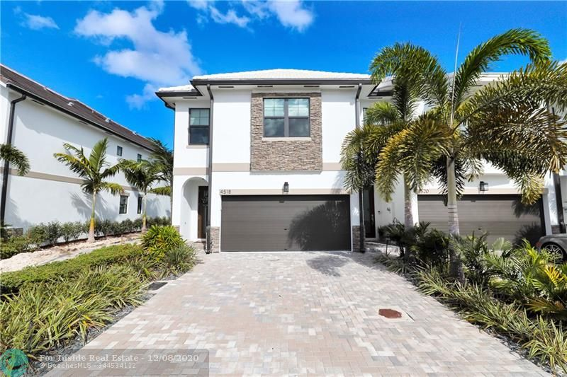 Create new memories in this beautiful home.  #homesforsale  https://t.co/NgxrHBYgqJ https://t.co/ds2G16ZIMo