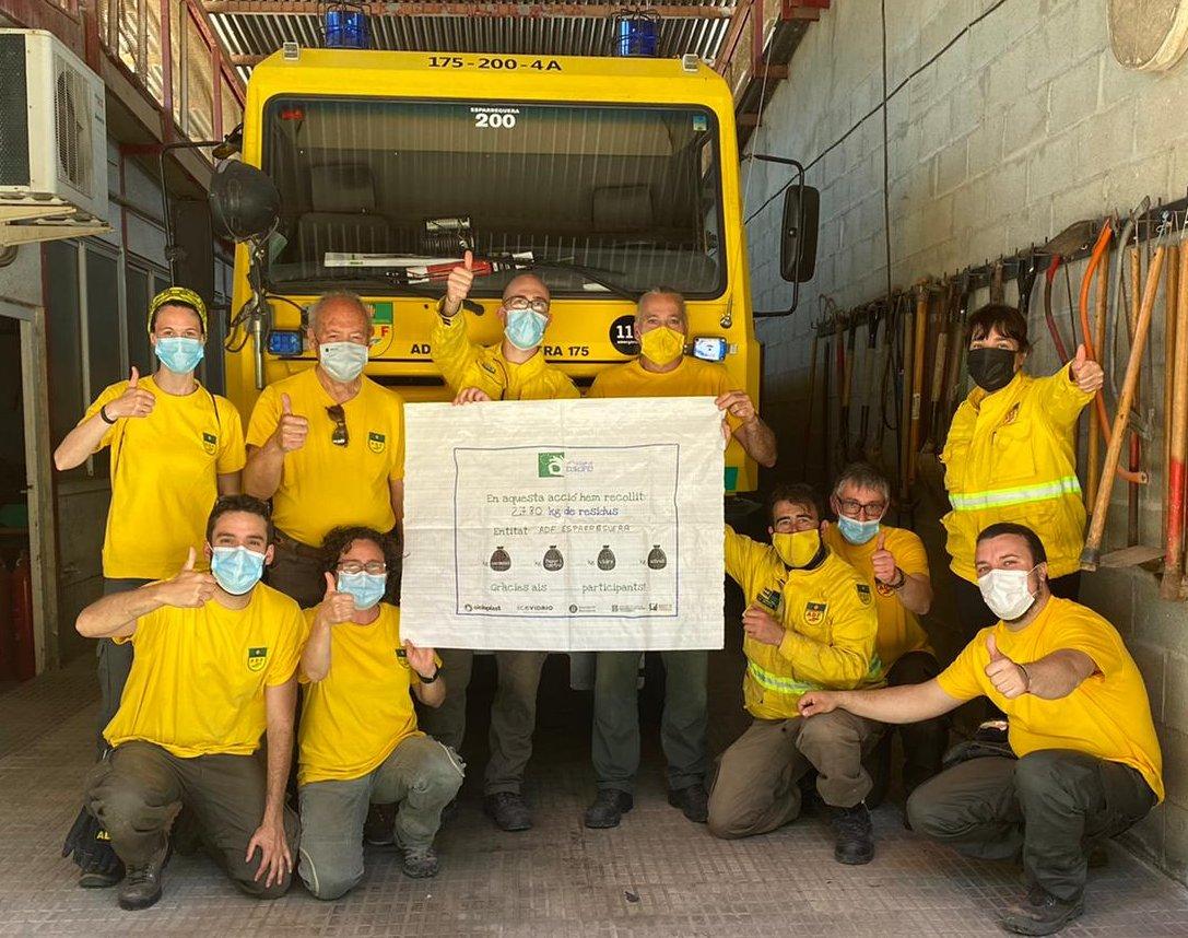 ▶️ACTUALITAT   L'European Clean Up Day ha recollit 2.780 kilograms de residus a l'entorn natural, concretament a l'espai de Can Roca i voltants de la piscina d'estiu  👉És una acció de voluntariat organitzada per  @ADF175Esparregu i l'Ajuntament d'#Esparreguera #letscleaneurope