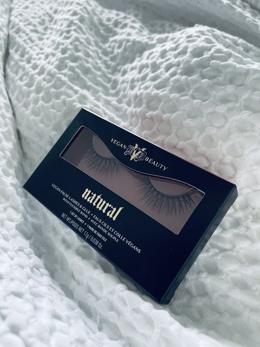 These are the best and most flattering and natural looking false lashes (if anyone out there cares) lol
