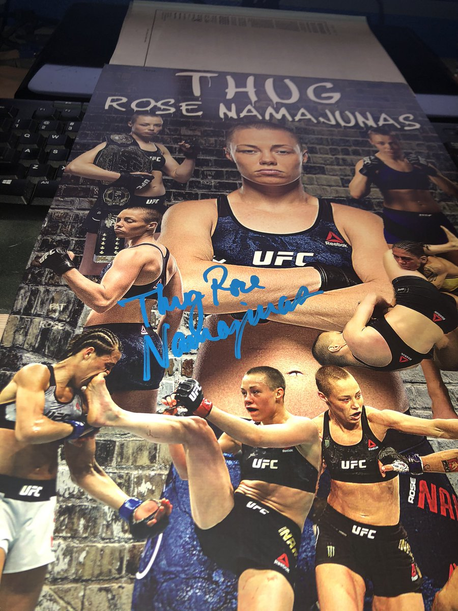 My #Thug @rosenamajunas private signing order arrived today! I was actually rather skeptical, considering how the package arrived all warped & bent, but it was in good shape. I just know not to use this company again, which is a shame bc they do a lot of @ufc signings. 😢 #UFC261 https://t.co/pD2UXGlcMl