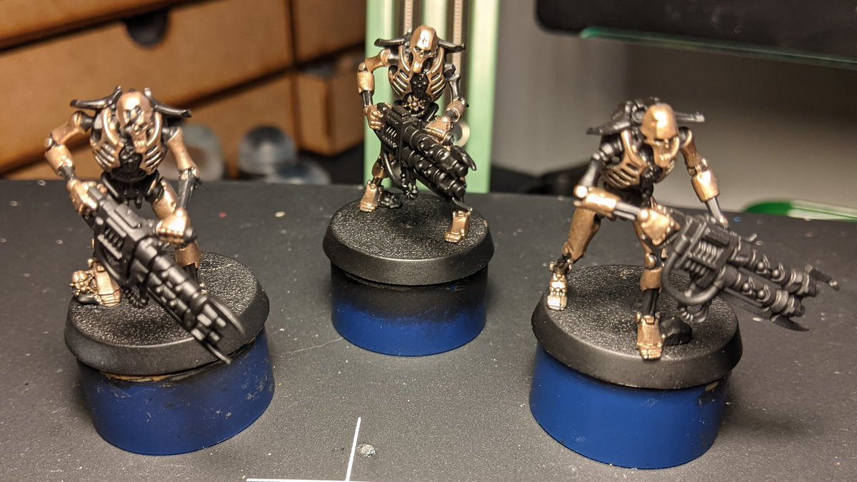 Doh...took the picture hours ago but forgot to post!  Base coated 3 more warriors today!  #HobbyStreak Day 114 https://t.co/GSolnsyNe4