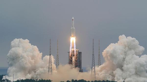China rocket debris disintegrates over Indian Ocean - Chinese media Photo