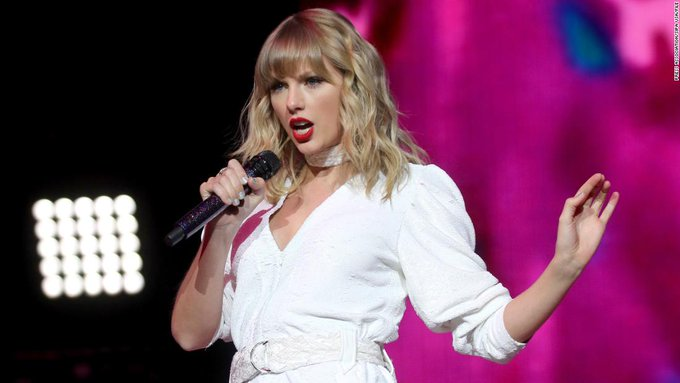 Students celebrate surprise Taylor Swift question on AP exam Photo