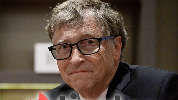 Bill Gates Catfishers Stand No Chance on Tinder Amid His Divorce Photo