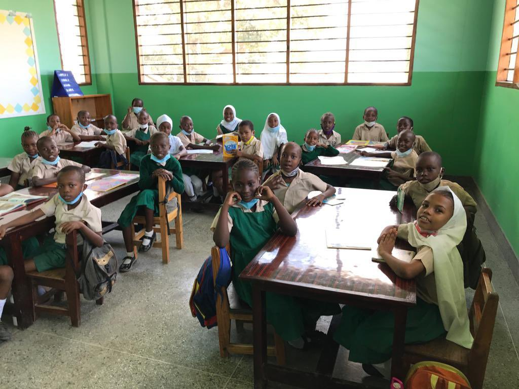 The school in Mombasa is finished and the kids are enjoying being back in lessons and learning. Massive thank you to those who donated and supported, myself and the team really appreciate it.💚 https://t.co/c0SmFQWEP4