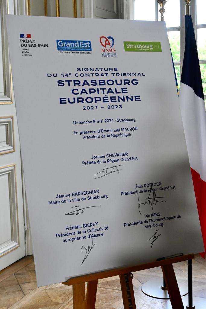 Image for the Tweet beginning: 🇪🇺#JourneedelEurope. Signature contrat triennal #Strasbourg