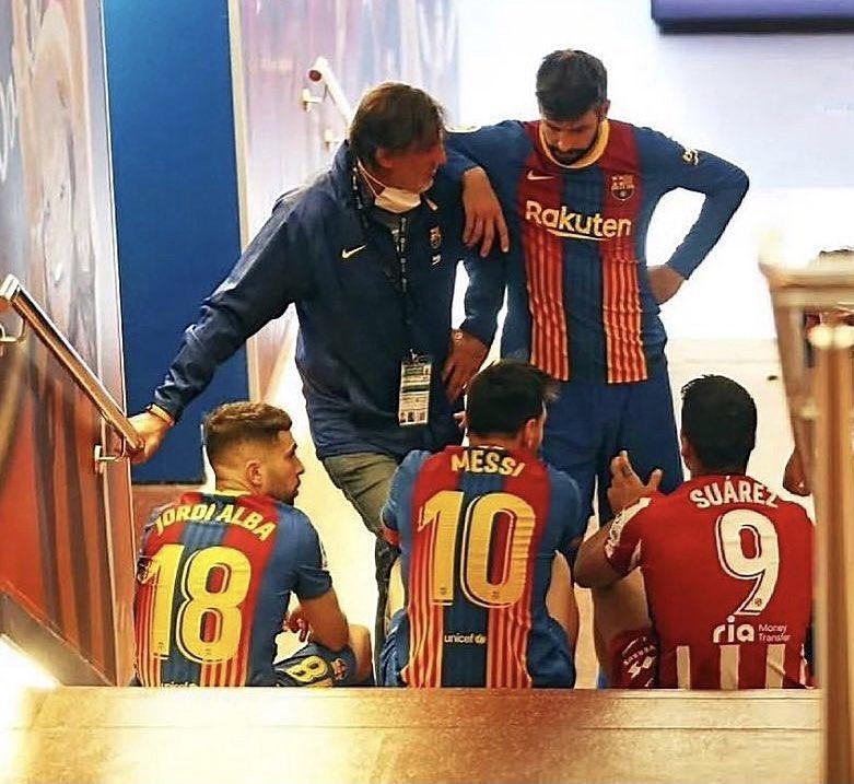 RT @Juezcentral: La mejor foto de ayer del Barça-Atlético de Madrid. Unos amigos charlando tras el partido... https://t.co/SJNY9ZzTUG