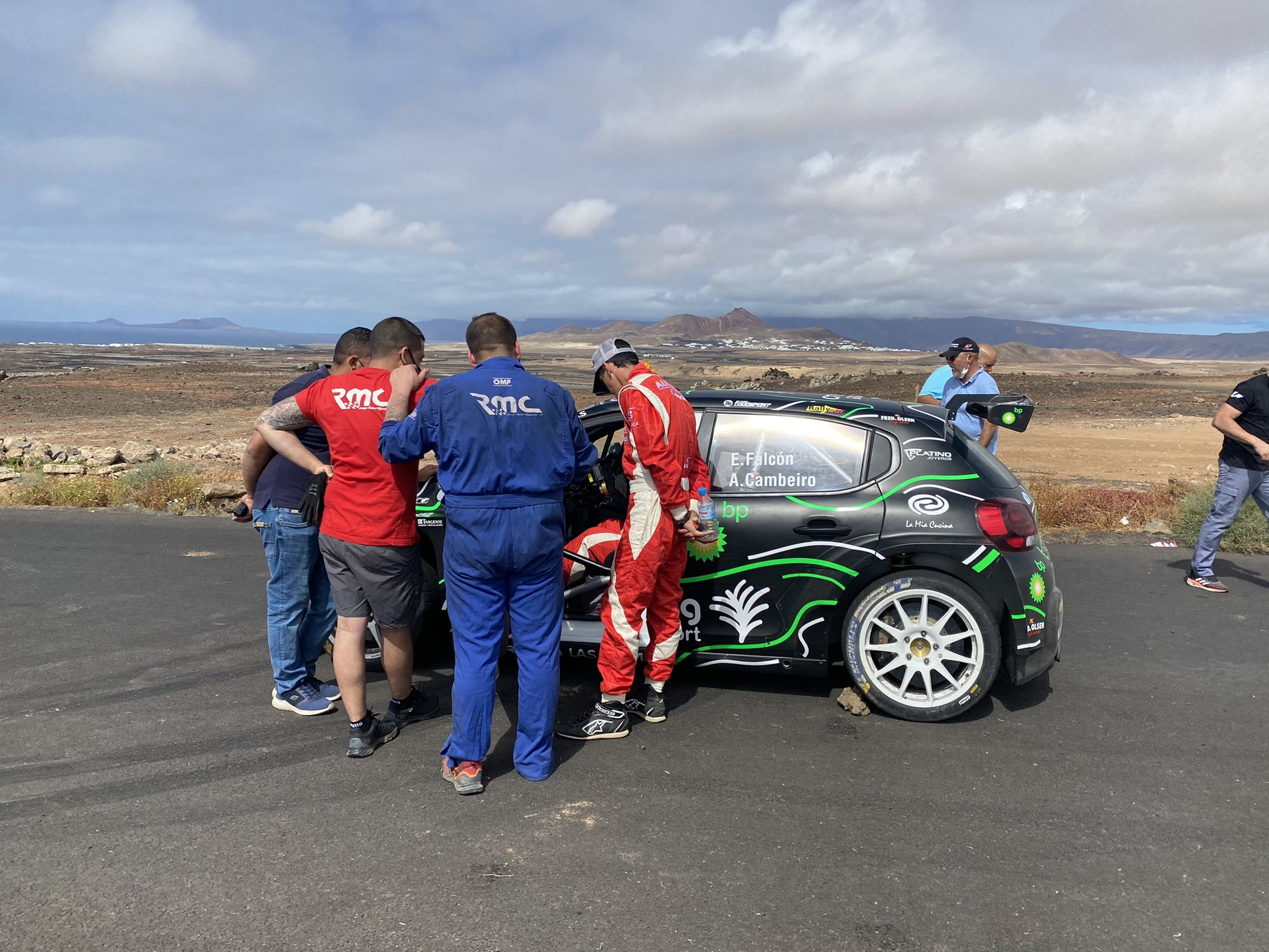 SCER: 30º Rallye Villa de Adeje BP Tenerife - Trofeo Cicar [13-15 Mayo] E09ys3eXsAI8Zhj?format=jpg&name=large