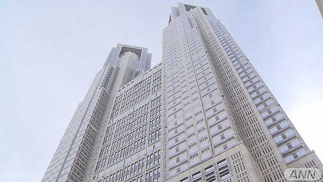 test ツイッターメディア -【新型コロナ】東京都で新たに925人の感染を確認、重症者は2人減の53人https://t.co/iZyjIM9t7M https://t.co/FI4wQRlxrp