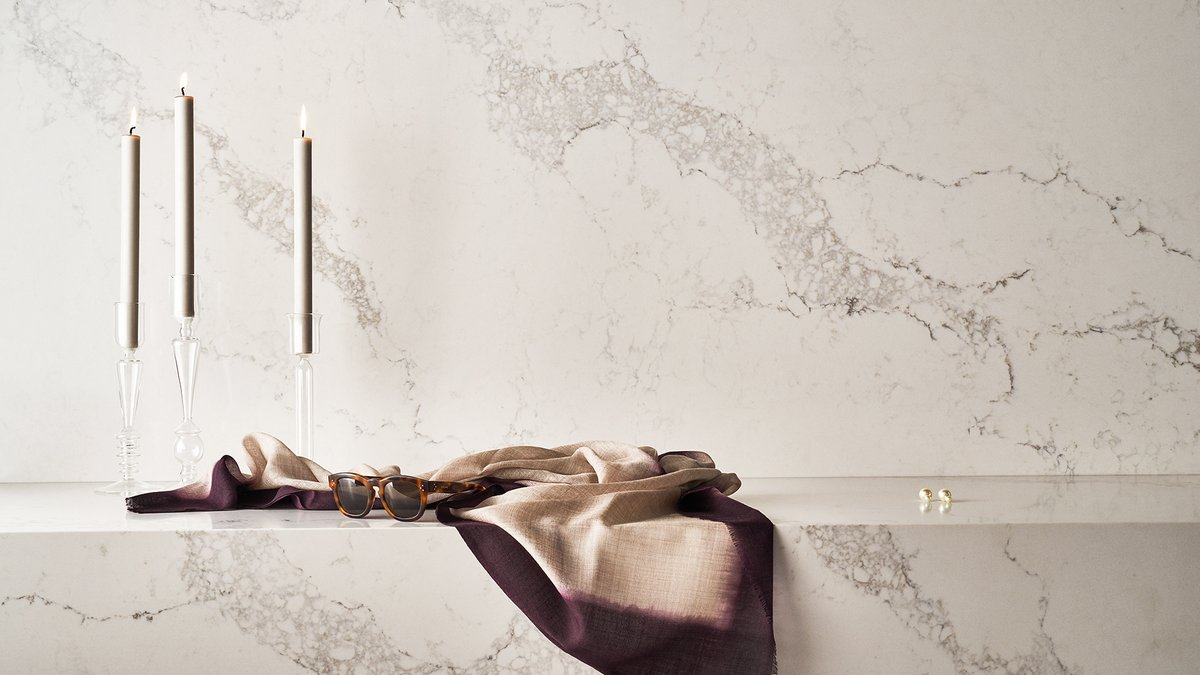 A signature surface in #Caesarstone's #CSWhitelight Collection is 5031 Statuario Maximus, a favourite amongst designers, influencers + homeowners for its embodiment of classical elegance Discover the Whitelight Collection: info.caesarstone.co.uk/whitelight-sho… #kitchendesign #interiordesign
