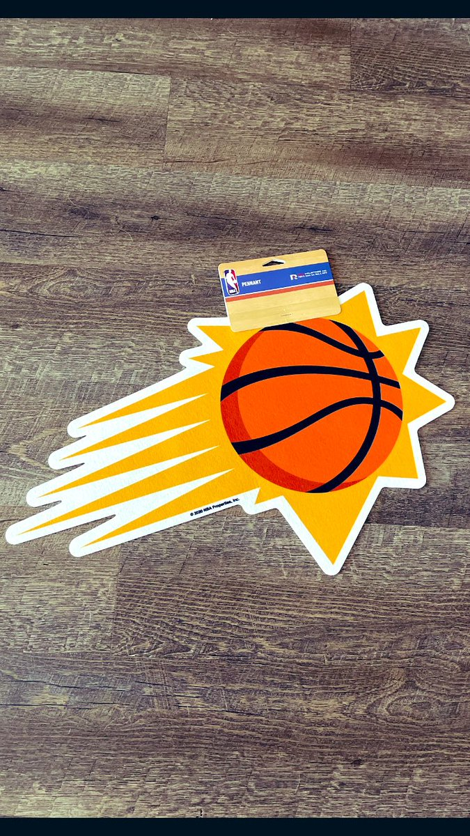 Yo Clips- we're comin for you tonight!   🧡SUNS FAM GIVEAWAY!💜  One Sunburst pennant ready to go ! Drop those 🧡💜 if you'd like and I'll pick a winner Thursday 4/29 !  GO SUNS!! https://t.co/1TiEGCOlz7