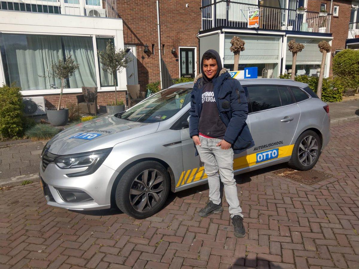test Twitter Media - Ook Stephan Araùjo-Almeida kan een afspraak maken bij de gemeente, voor het aanvragen van zijn rijbewijs. Nu snel van start voor je aanhangwagenrijbewijs. https://t.co/EnCtVmOGzN
