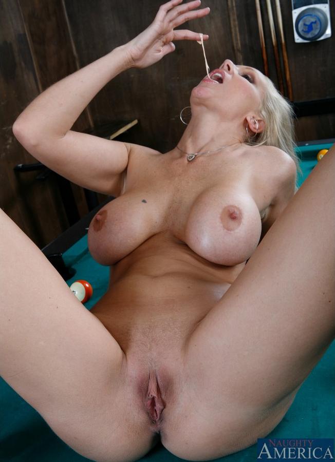 Julia Ann 7