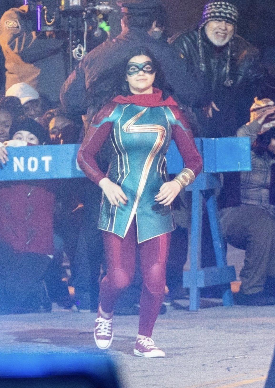 Ms. Marvel's MCU Costume Leaks Online - FandomWire