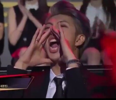 bts recreating famous memes; a funny thread